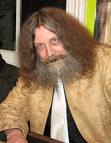 220px-Alan_Moore_(2)