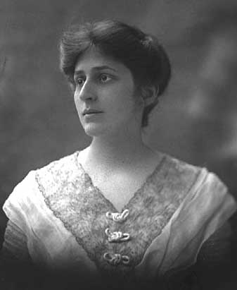 Crystal Eastman, an American lawyer, was among the co-founders of the American Civil Liberties Union in 1920.