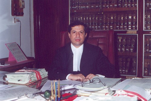 Justice S.J. Vazifdar of the Bombay High Court. Image above is from the website of the Bombay High Court.